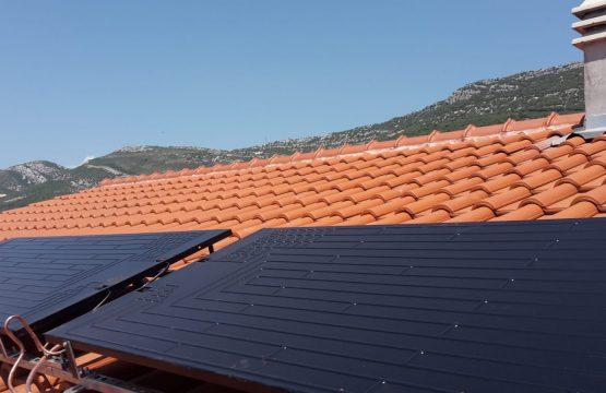 Montaža Energie solar panela na kosi krov